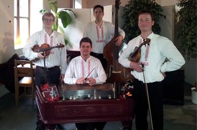 Jeune Slovàcko: musique cymbalon